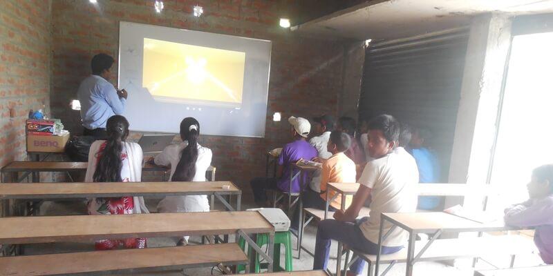 Prakash Academy, Bihar, Education,